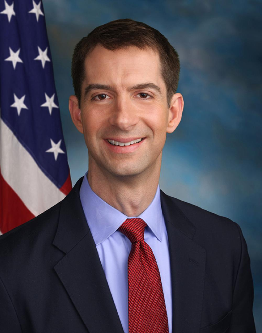 Tom_Cotton_official_Senate_photo.jpg