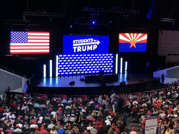 students-for-trump-az-600x450