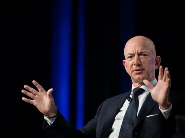 6b6b38_jeff-bezos-released-email-exchanges-he-claims-attempts-extortion-blackmail-e1555448282221-640x480-1.jpg